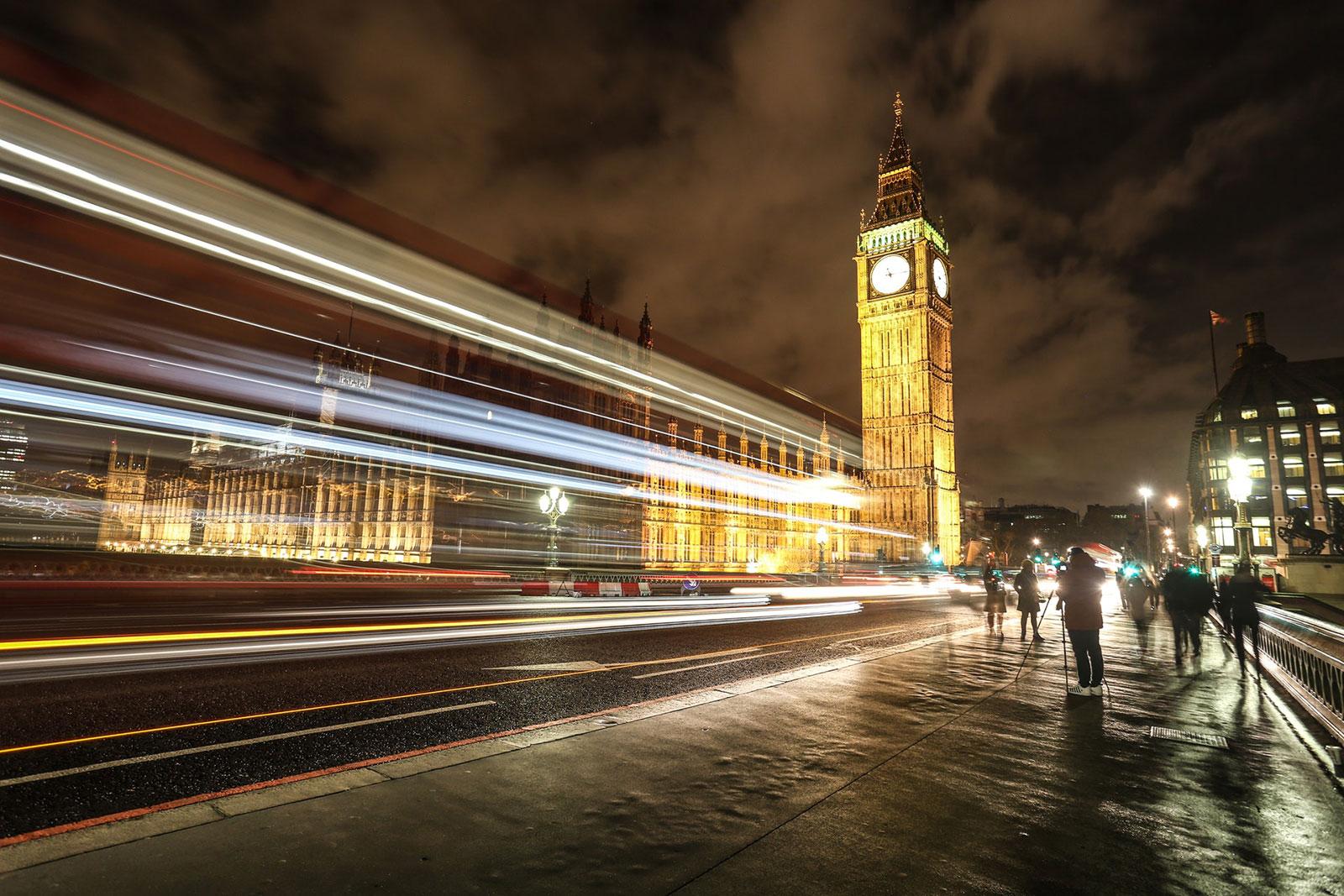 vista notturna di Westminster a Londa